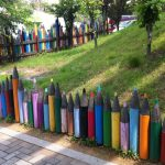 Stunning Creative Fence Ideas for Your Home Yard 56